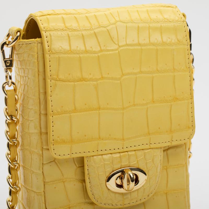 Женская желтая сумка на цепочке из кожи крокодила