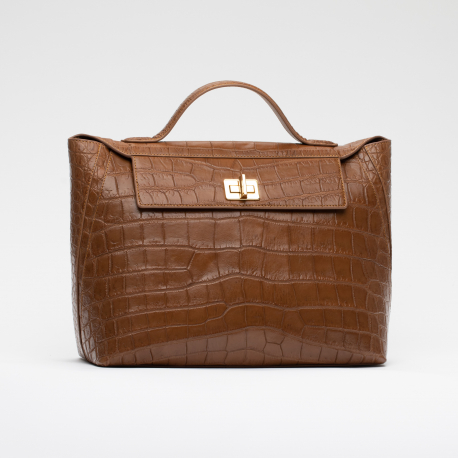 Женская сумка из кожи живота крокодила
