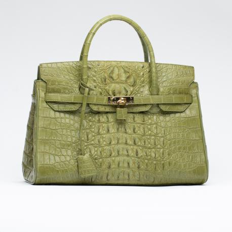 Вместительная сумка из крокодиловой кожи